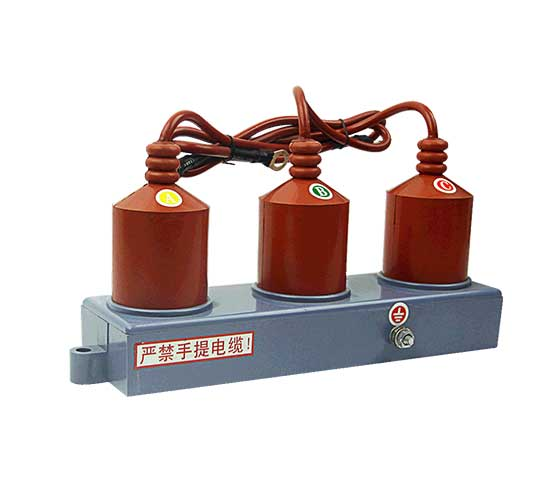 TBP三相組合式過電壓保護器